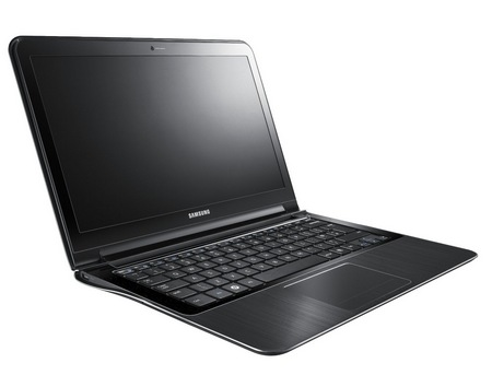 Samsung Series 9 11-inch NP900X1A-A01US notebook 2
