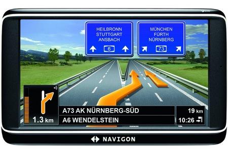 Navigon 70 Plus Live GPS Navigation Device
