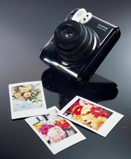 FujiFilm Instax Mini 50S Instant Camera 1