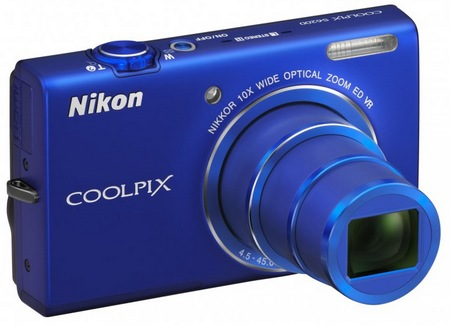 Nikon CoolPix S6200 Compact 10x Zoom Camera blue