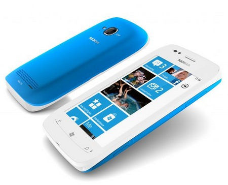 Nokia Lumia 710 Windows Phone 7.5 Smartphone 1