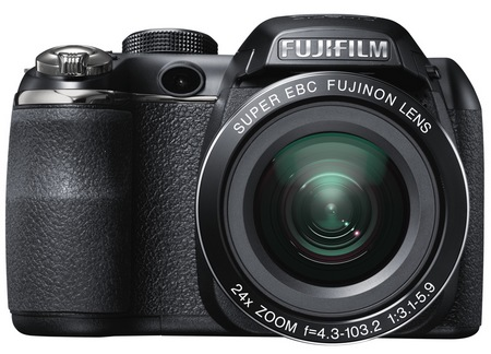 FujiFilm FinePix S4200 Long-Zoom Camera