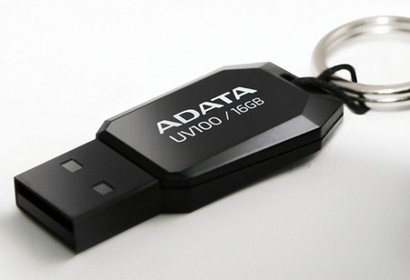 ADATA DashDrive UV100 USB Flash Drive black