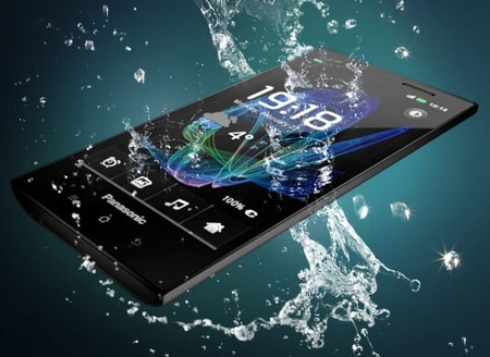 Panasonic ELUGA Waterproof Smartphone water 1