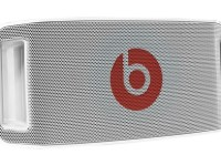 Beats by Dr. Dre Beatbox updated, heading to AT&T white