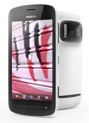 Nokia 808 PureView Smartphone with 41 Megapixel Camera