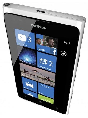 Nokia Lumia 900 Windows Phone white
