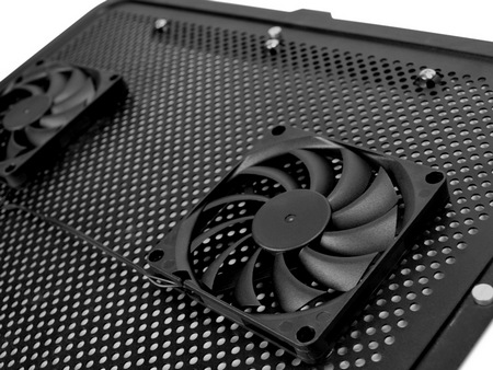 NZXT Cyro E40 Notebook Cooler fans