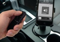 Satechi Bluetooth Multimedia Remote for iOS Device in car
