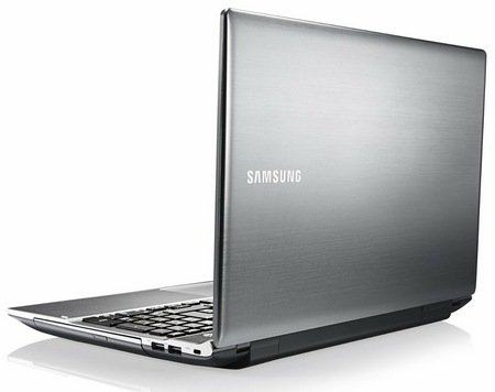 Samsung Series 5 NP550P5C-T01US 15.6-inch Ivy Bridge Notebook back