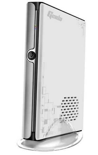 Giada Mini PC i53 gets Ivy Bridge white