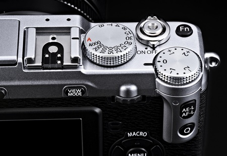 FujiFilm X-E1 Interchangeable Lens Digital Camera dial