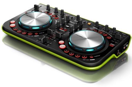 Pioneer DDJ-WeGO Affordable, Compact DJ Controller green