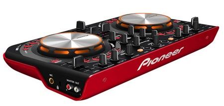 Pioneer DDJ-WeGO Affordable, Compact DJ Controller red