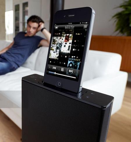 Parrot Zikmu Solo Wireless Speaker Tower iphone docked