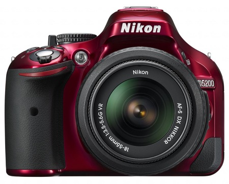 Nikon D5200 Digital SLR Camera with 39-point AF and 24.1 Megapixel Sensor red