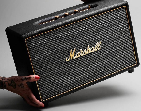 Marshall Hanwell Anniversary Edition Speaker move