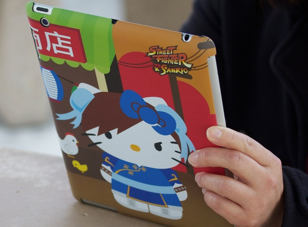 Mad Catz Street Fighter X Sanrio ipad case Chun-li Hello Kitty live