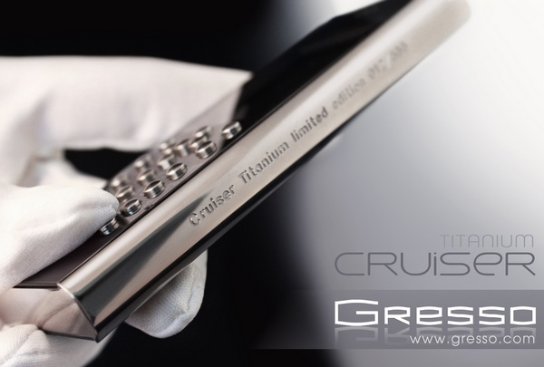 Gresso Crusier Titanium Luxury Phone side