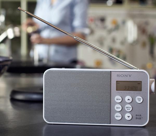 Sony XDR-S40DBP Digital Radio white