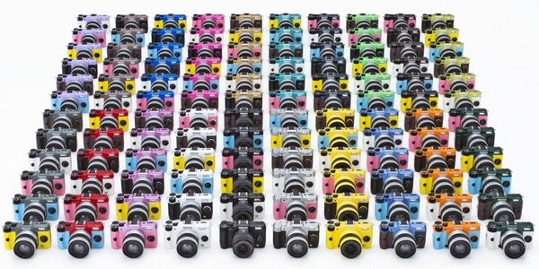Pentax Q7 mirrorless 120 colors