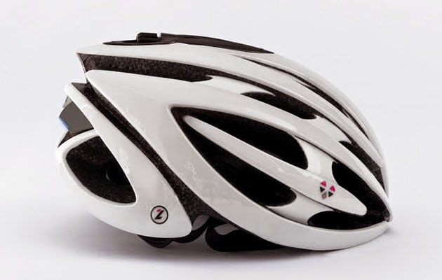 A Smart Cycling Helmet From LifeBeam