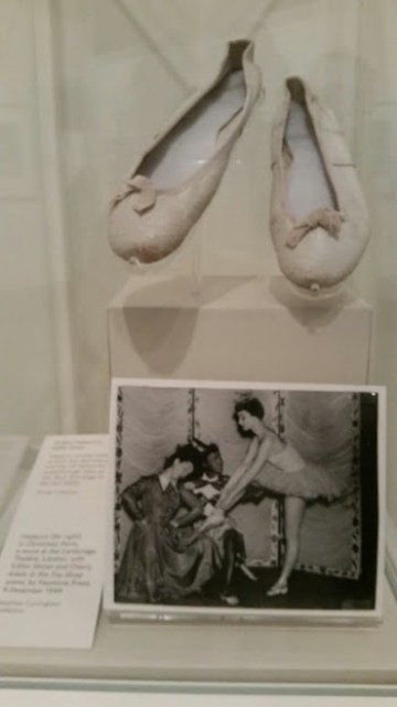 AudreyHepburn_Ballet_shoes