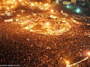 https://i2.wp.com/www.itnewsafrica.com/wp-content/uploads/2011/03/Egypt-Revolution.jpg?resize=364%2C273
