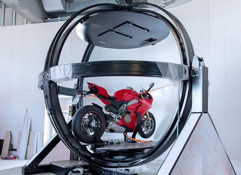 """Mirabilandia: i """"Motion Sphere"""" a Ducati World"""