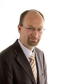 Matthias Santer