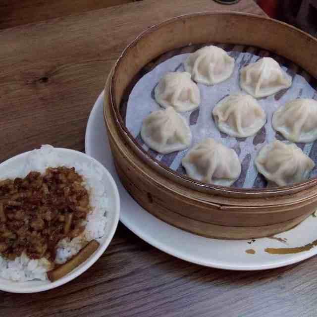 Having lunch in Jiufen with my favorite xiaolongbao or dumplingshellip