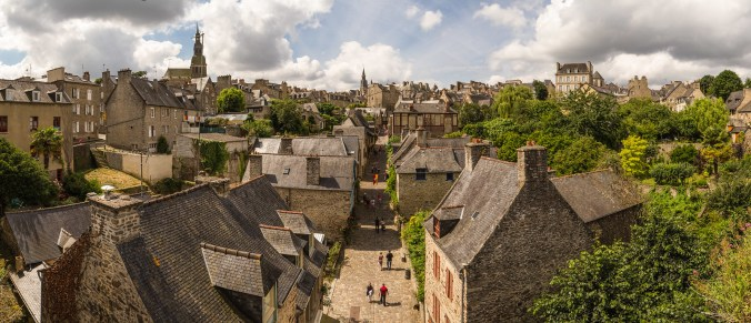 Places to See in Brittany: The Medieval town of Dinan