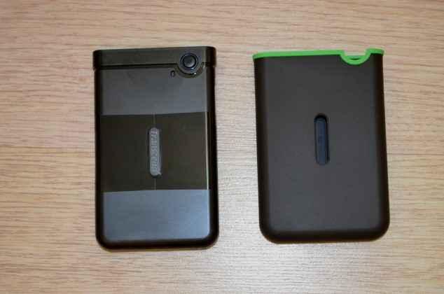remove a rubber cover