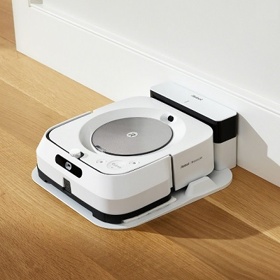 Voice Controlled Robotic Wet and Dry Mop 1