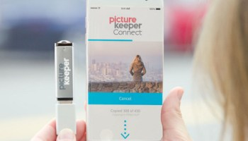 Instant-Backup-Smartphone-Photo-Vault