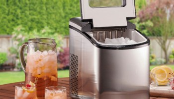 Countertop-Ice-Maker