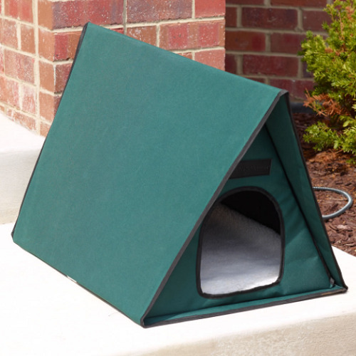 Outdoor Heated Multi Cat Shelter1