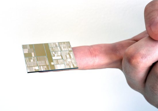 IBM 7 NanoMeter Chip