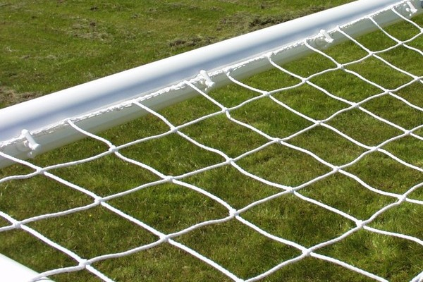 Goalposts, arrowhead net fixings