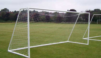 9 v 9 Goalposts uPVC  – with fast fit two section crossbar