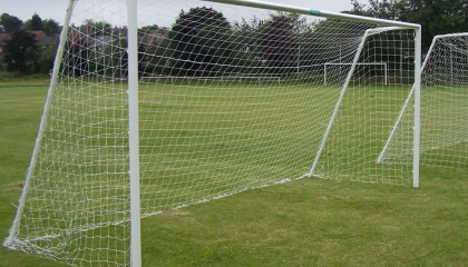9v9 Goalpost – uPVC Grass Surface 16′ X 7′