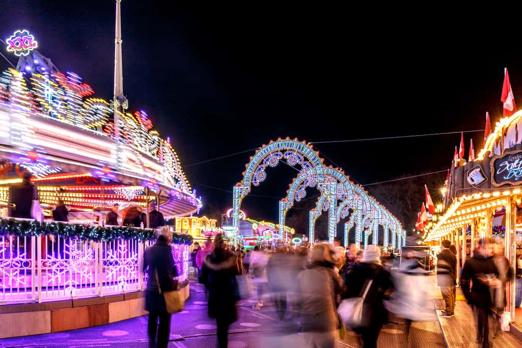 Winter Wonderland - Top Things to Do in London During Christmas Holidays | Ice Rinks, Christmas Markets and Christmas Light...