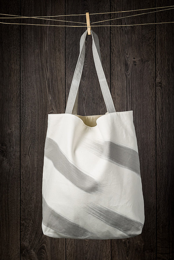 ECO FRIENDLY TOTE BAG WINDWARDMAE $74 USD Handmade with organic materials and non-toxic inks