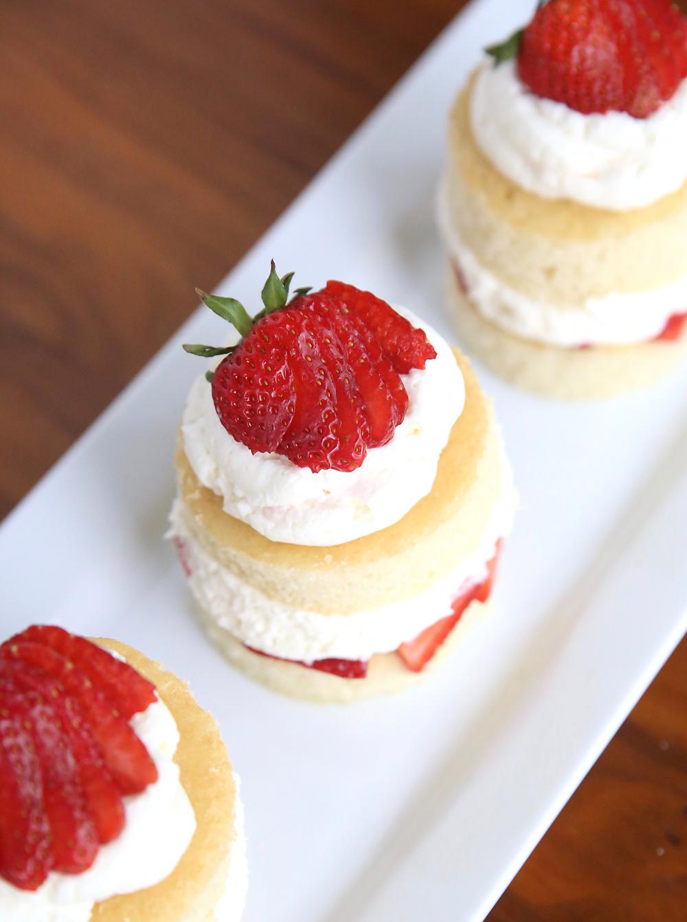 Easy Cake Roll Recipe