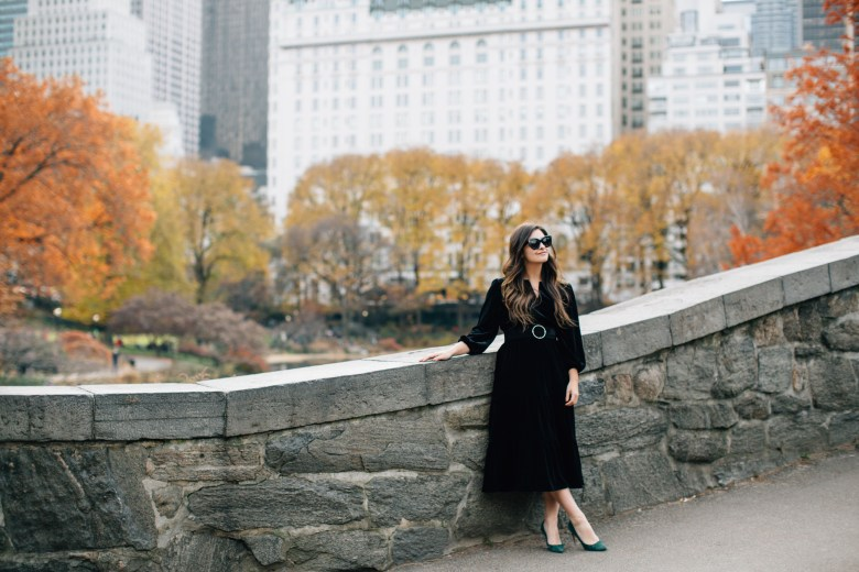 Christmas In New York City: The Plaza Hotel - About New York Fashion Blogger Dana from the Champagne Edit