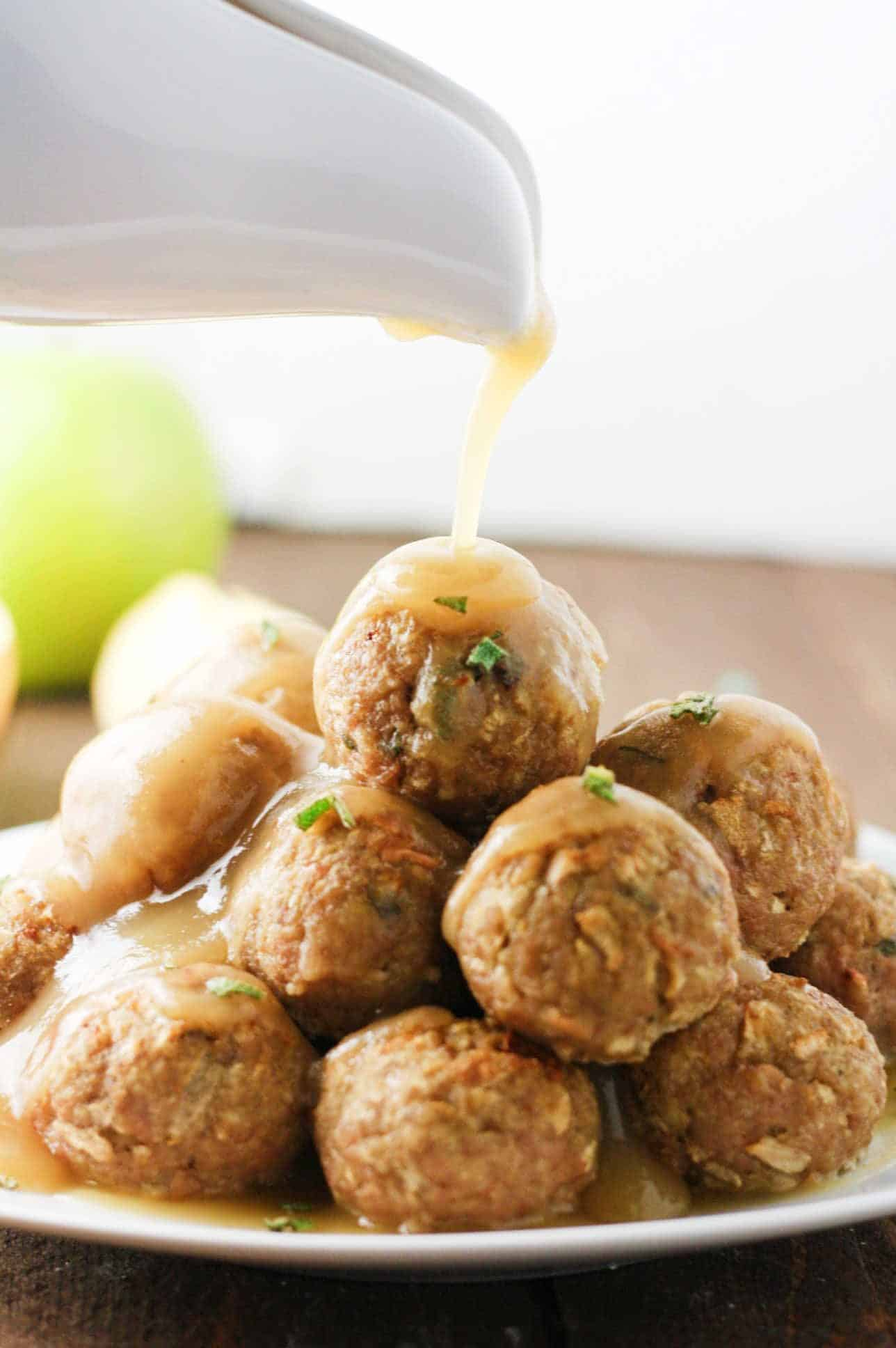 Sage and Apple Turkey Meatballs - deliciously flavorsome meatballs made with lean ground turkey, fresh apple and sage to create the perfect harmony of fall flavors! Perfect for game-day or potluck. www.itscheatdayeveryday.com