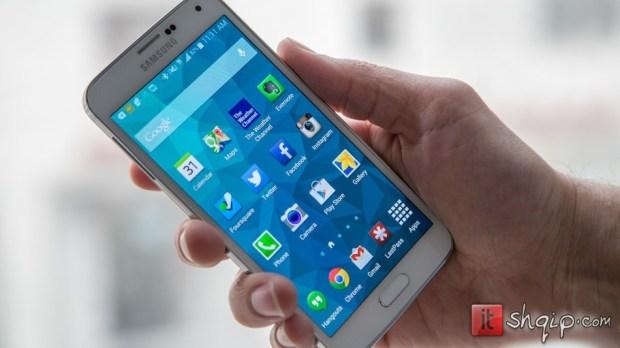 Samsung Galaxy S5 thyen rekord në shitje