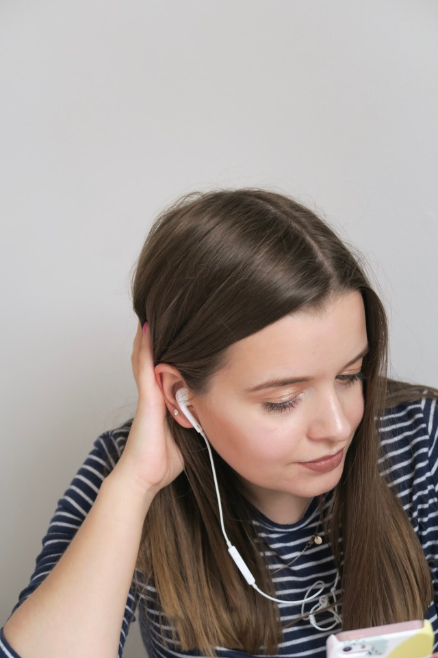 4 Podcasts To Listen To If You're A Blogger