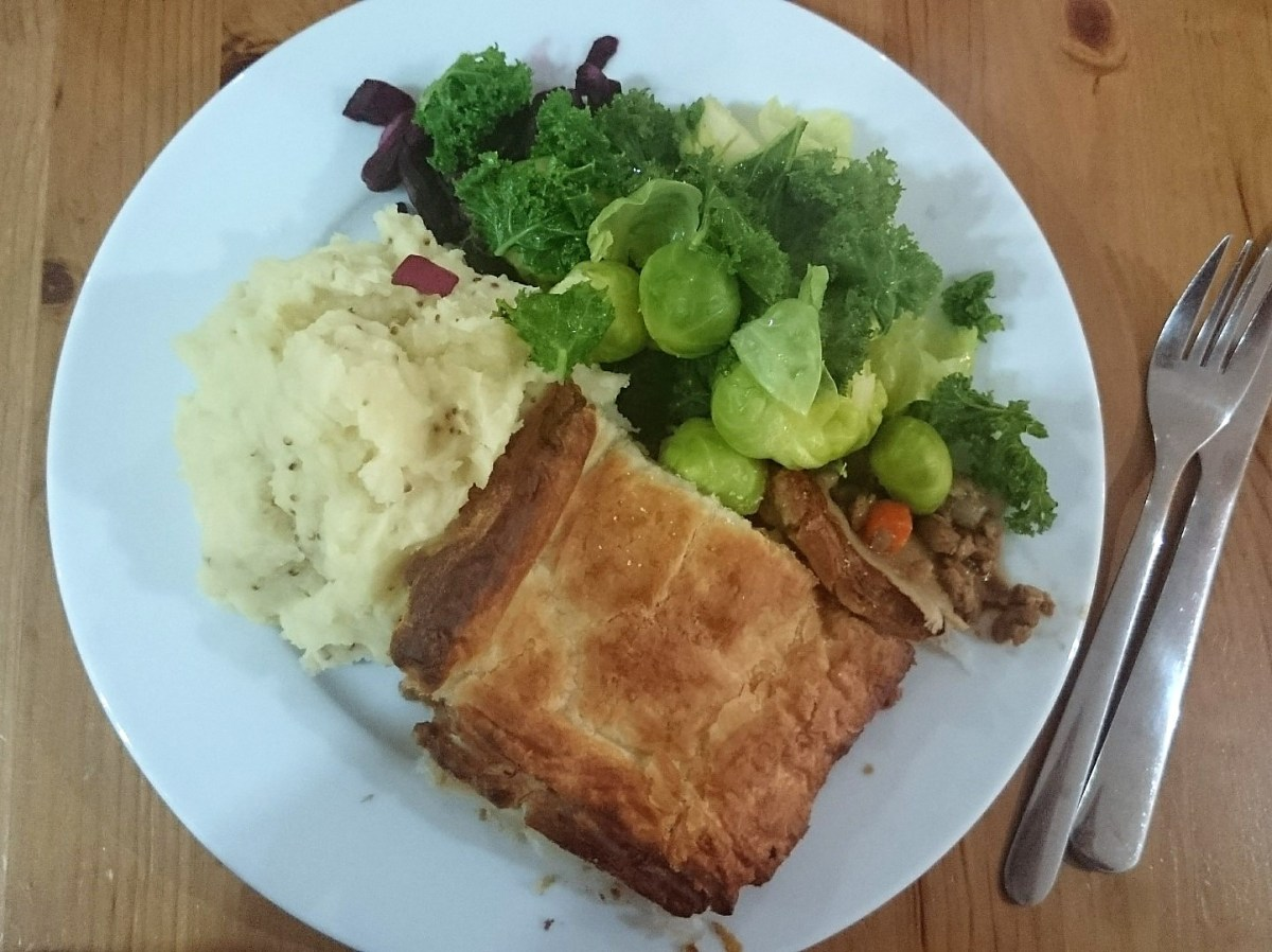 vegan mince and onion pie recipe