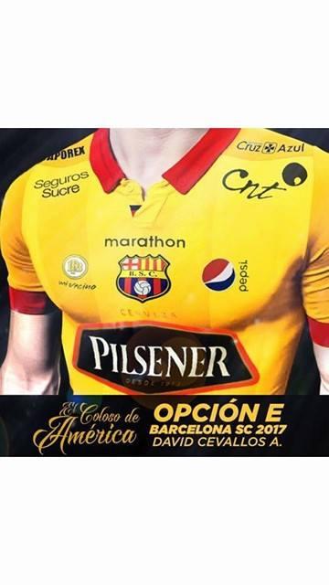 Diseño finalista para la camiseta oficial Barcelona S.C. - 2017, realizado por nuestro estudiante David Cevallos. Redacción creativa y Dirección de arte.